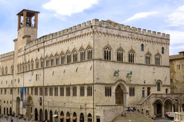 palazzo-dei-priori-perugia